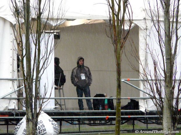 Torrential rain on Saturday made for a miserable day for TV crews. (ATR)