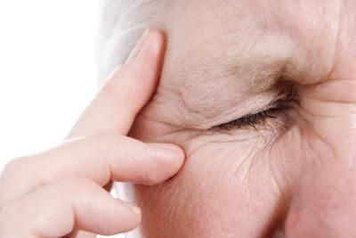 Early Signs and Symptoms of Eye Shingles
