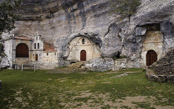 Monumento Natural de Ojo Guareña, Cueva Palomera, Burgos