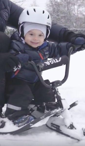Prince Oscar, 18 décembre 2017, Vidéo publiée à l'occasion des fêtes de Noël, Château de Haga, Stockholm