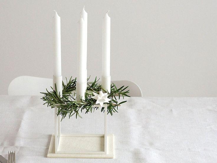Kubus by Lassen Kerzenhalter als Adventskranz