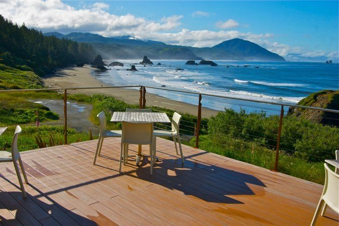 12 beach front restaurants on the Oregon Coast that are amazing!