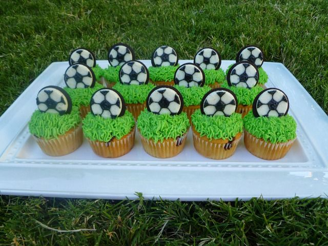 Voetbal cupcakes 14