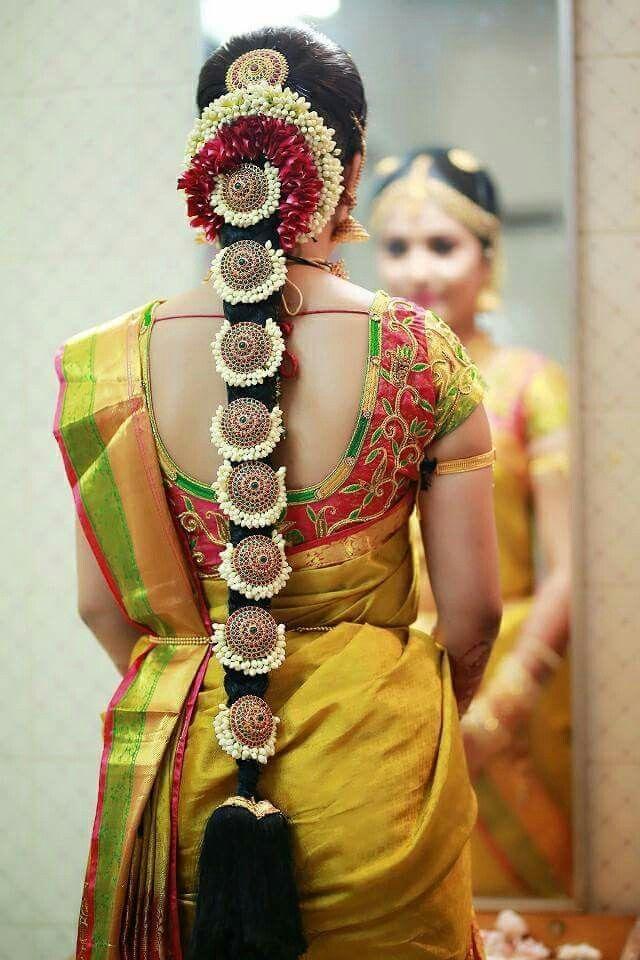Pin by Almeena on Jadai billai, Malai ,Crown Corsage N Hand Bouquet |  Indian bride hairstyle, Bridal hairstyle indian wedding, South indian  wedding hairstyles