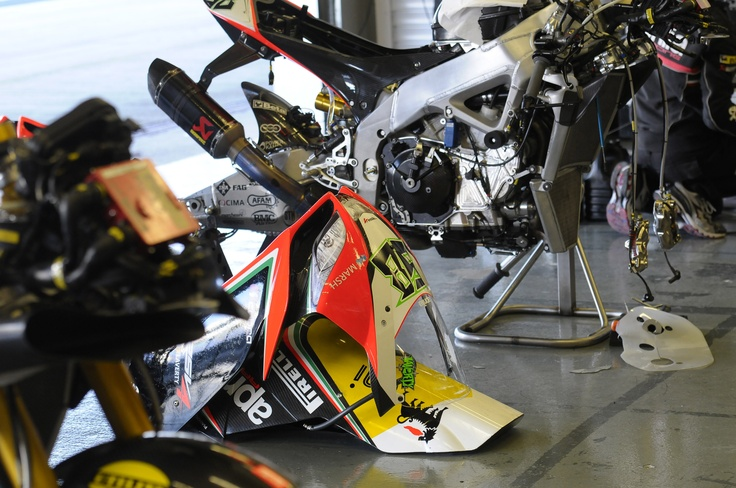 Aprilia Racing Team Presentation - Preview 2013 #apriliaracing2013 #Aprilia #Racing #Team #presentation #preview #Jerez #test #motorbike #motorcycle