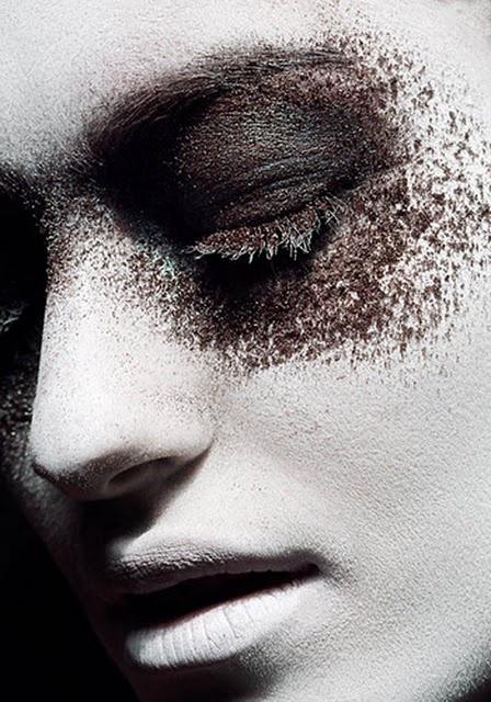 Haunting: Goth Beautiful, Beautiful Makeup, Eye Powder, Alexander Festbaum, Faces, Eye Makeup, Dark Beautiful, Photography, Black