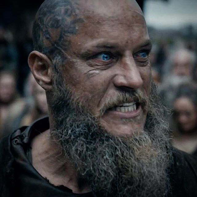 Ber ideen zu nordisches tattoo auf pinterest for Ragnar head tattoo stencil