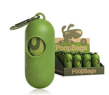 ¿Sabías que una bolsa de plástico tarda 1,000 años en degradarse por completo? ... Sin embargo, nuestras bolsitas ecológicas tardan tan sólo 24 meses en degradarse. ¡Contribuye con el planeta limpiando las heces de tu perro y depositándolas en bolsitas biodegradables!  Llaverito con 15 bolsitas - $60