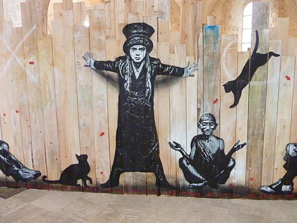 orléans jef aérosol Amélie Nothom et Gandhi