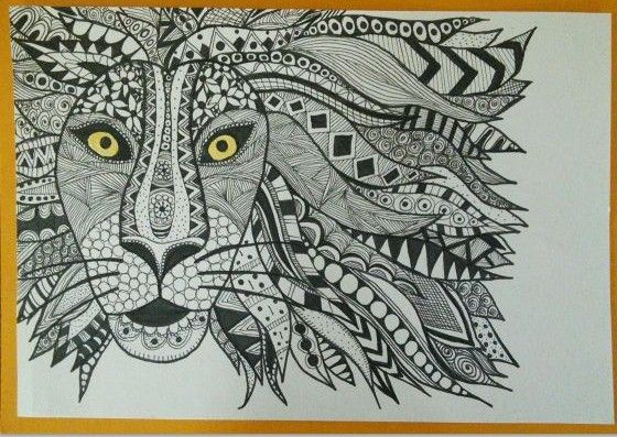 Lion zentangle art card. Zana's Cards measure 7.2″ x 5.2″, or 18cm x 13cm.They also include an envelope for you to use to send your cards. #lionzentangle  #zentanglecard #zentangleart #zanascards www.zanascards.com