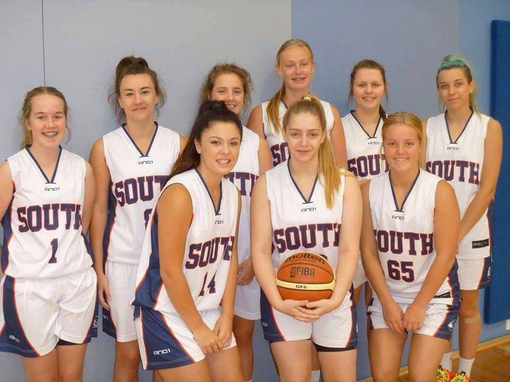 U/18.1 Girls in Eltham.