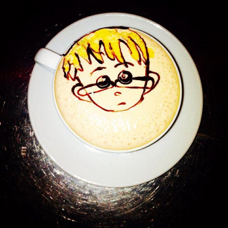 Latte art nerd boy