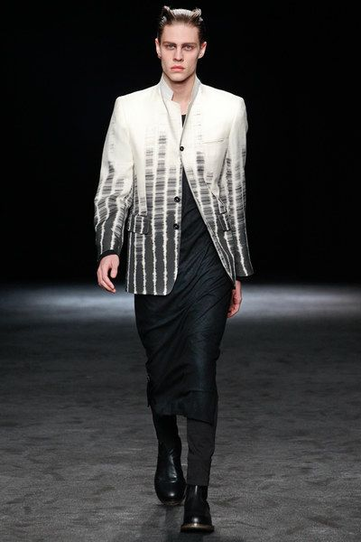 See the complete Ann Demeulemeester Fall 2012 Menswear collection.