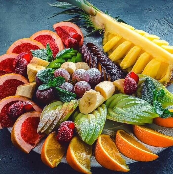 Оформление фруктовой нарезки на стол фото
