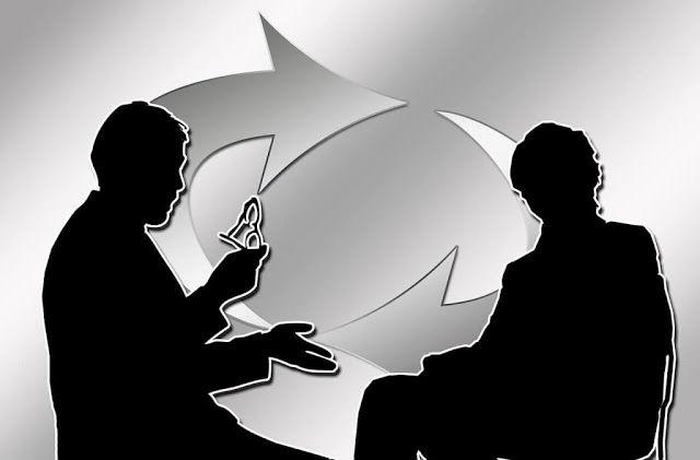 Pengertian Komunikasi    Komunikasi adalah proses pemindahan pengertian dalam bentuk gagasan atau...
