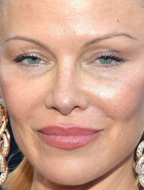 #CloseUp, #PamelaAnderson pamela anderson Close-Up | Celebrity Uncensored! Read more: http://celxxx.com/2017/06/pamela-anderson-close-up/