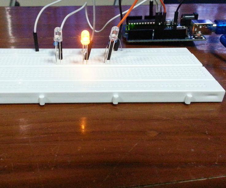 Mini Traffic Light Arduino