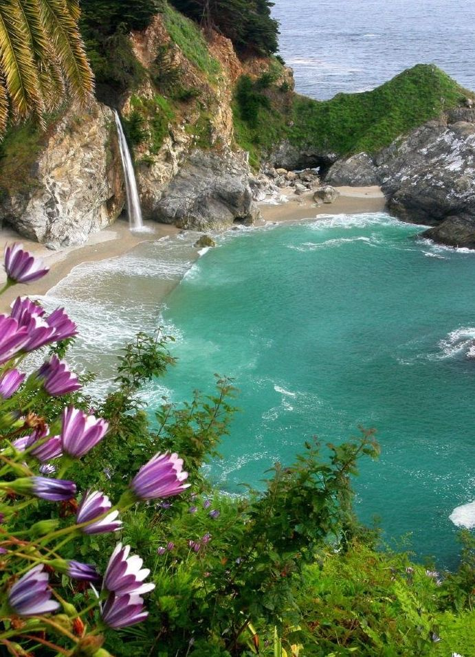 McWay Falls, near Julia Pfeiffer Burns   Big Sur State Park, California