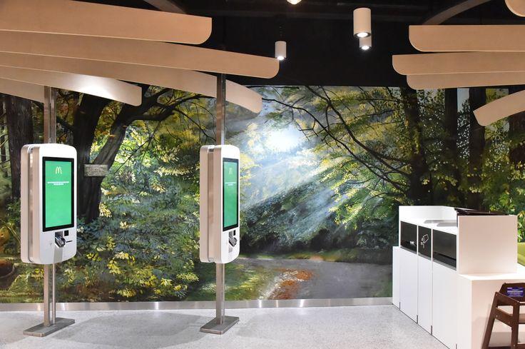 Réalisation d'un trompe-l'œil de 75m2 Food Court Balexert Genève Suisse
