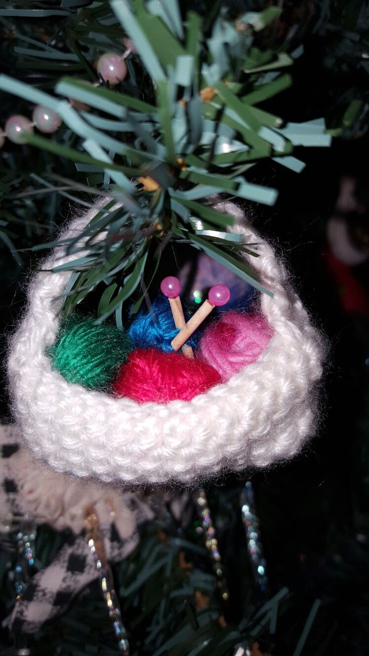 Knitters dream ornament!!