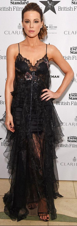 Kate Beckinsale in Dress – Marchesa  Shoes – Stuart Weitzman