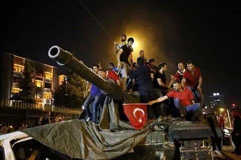 (Гл 8) За последние полвека в Турции произошло несколько переворотов