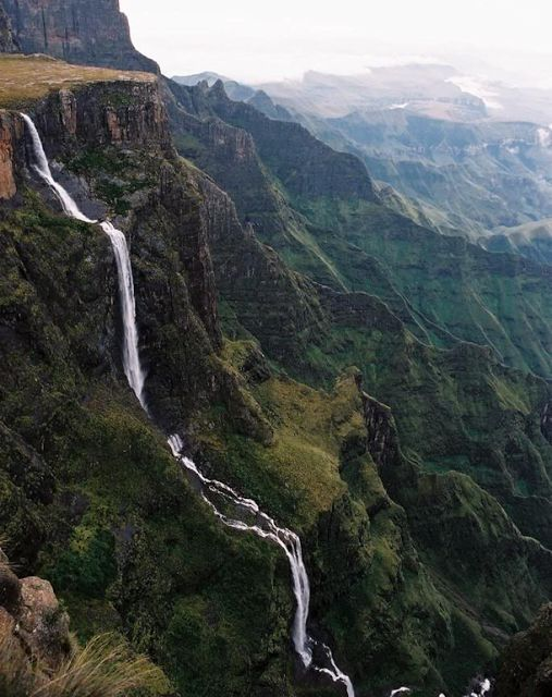 Tugela Falls is the world's second highest waterfall. The total drop in five free-leaping falls is 948 m. They are located in the Drakensberg in the Royal Natal National Park in KwaZulu-Natal Province, Republic of South Africa.