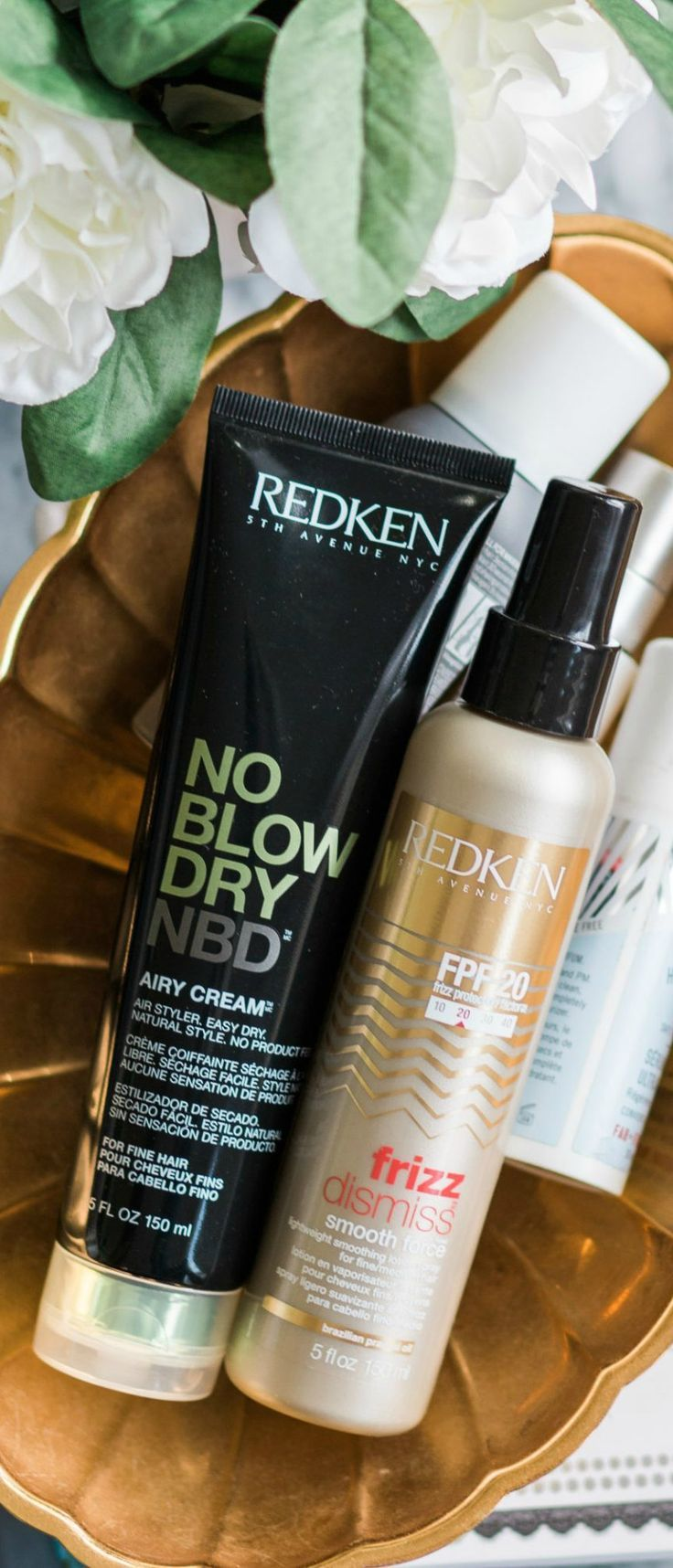 The best anti-frizz hair products for fine hair + Redken NBD No Blow Dry Airy Cream and Frizz Defense Smooth Force spray review #MyHCLook sponsored by @haircuttery   | Best hair products, luxury hair care, Redken anti-frizz heat protectant for fine hair, no-heat hairstyle, fight frizz, beauty review, hair product review, hair product favorites, beauty blogger Ashley Brooke Nicholas