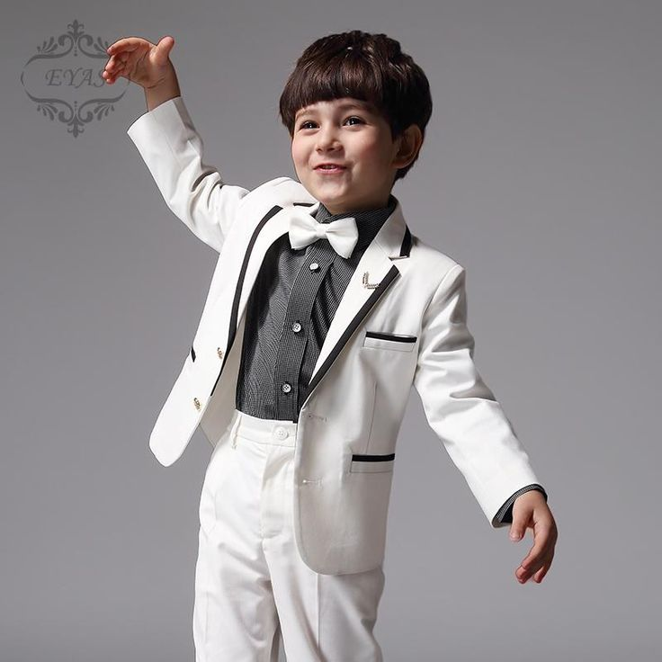 tanahlot.tk carries a diverse line of boys' suits and tuxedos. We have the traditional boys black tuxedos and boys black suits as well as boys white tuxedos. We also offer harder to find suits and tuxedos in ivory, navy and grey.