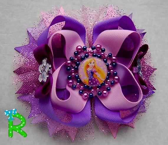 Moño para niñas de Rapunzel por RoshelysBowtique en Etsy