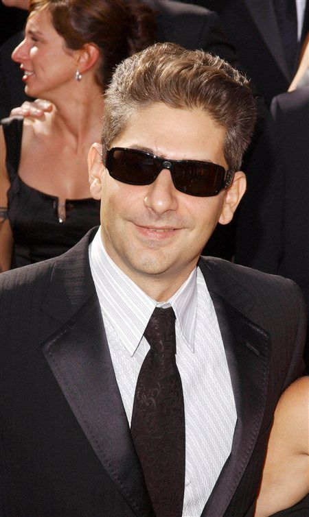 "MICHAEL IMPERIOLI  It's not only mad men who shun meat—wise guys fuhgeddabout flesh too. When asked about his favorite restaurant in Detroit, where he was filming a TV show, former Sopranos star Michael Imperioli named veggie hotspot Inn Season Café. ""I'm a vegetarian, so [it's] like culinary nirvana for me."""