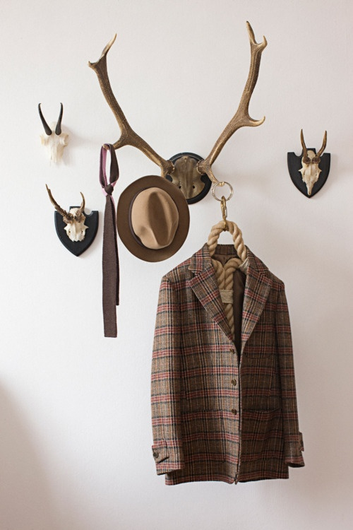 Nice!: Hats Hanging, Coats Racks, Style, Antlers Wall, Ropes Hangers, Trees Branches, Nice, Dear Hunters, Coat Racks