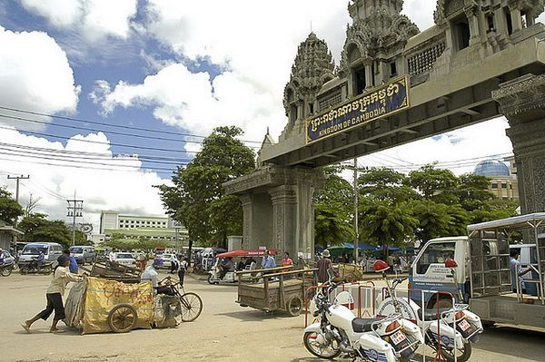 Poipet Border Crossing Cambodia