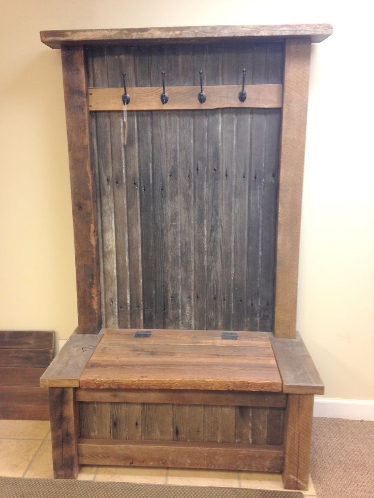 Rustic Hall Tree Furniture. Perfect for your mud room! Includes a perfect place to hide your shoes! #barnwood #reclaimed #DIY
