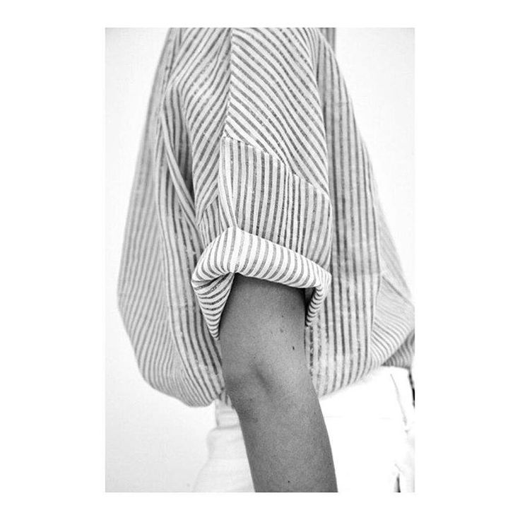 @andwhatelse Minimal spring summer style. Oversized stripe shirt with rolled up sleeves.