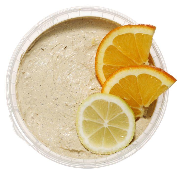 Μετά την περίοδο των γιορτών, η επιδερμίδα αναζητά τη χαμένη της λάμψη… Γνωρίζατε ότι τα εσπεριδοειδή αποτελούν μία από τις καλύτερες πηγές της; Βασισμένη σε εκχυλίσματα εσπεριδοειδών και σε αιθέρια έλαια πορτοκαλιού, λεμονιού και γκρέιπφρουτ, η φρέσκια, βιολογικά πιστοποιημένη μάσκα προσώπου #Citrus τονώνει και αναζωογονεί το θαμπό δέρμα. Αυτό ακριβώς που χρειάζεστε για να επαναφέρετε την ισορροπία στην επιδερμίδα σας! #freshline #mustbuy #fresh_bar #icea #sold_by_weight