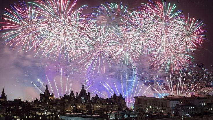 Find Bonfire Night fireworks in London this autumn. Discover where to celebrate Guy Fawkes night 2016 in London with our complete guide to fireworks displays in London