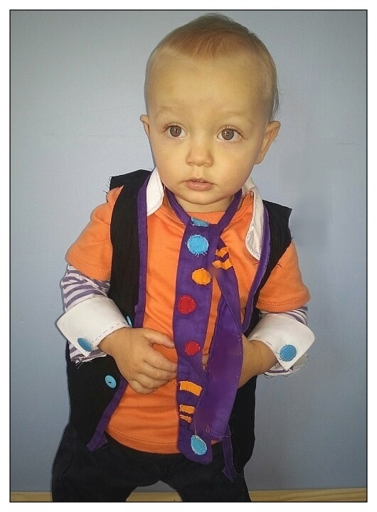Do you think I can dress Z up like this? Maybe too much?  Jimmy giggle dress up for giggle and hoot birthday party