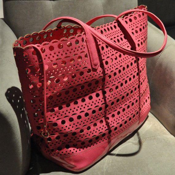 Hollow Korean casual fashion shopping bag bag