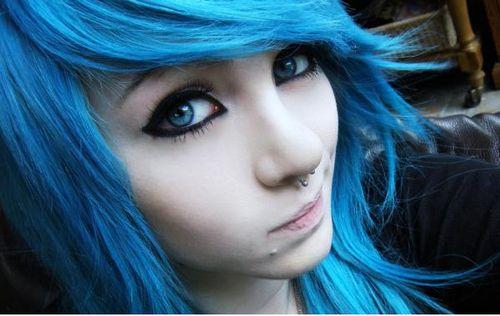 blue hair & blue eyes: Hair Colors, Eye Makeup, Emo Girls, Bluehair, Makeup Tips, Blue Hair, Diapers Cakes, Blue Eye, Scene Hair