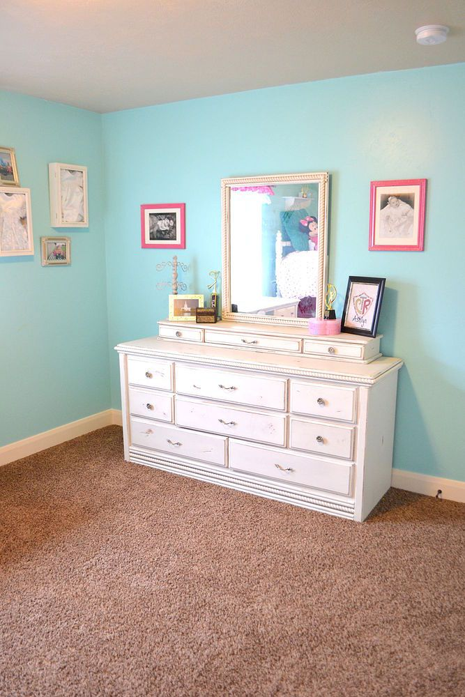 Hot Pink and Turquoise Girls Bedroom Makeover