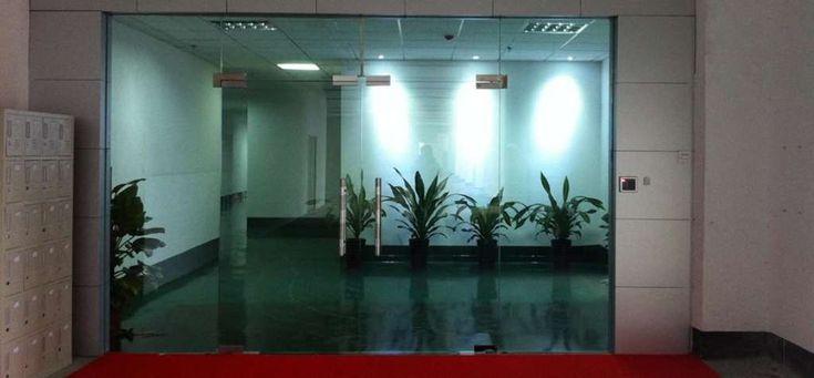 Puertas de cristal templado ch24 el vidrio en tu hogar - Puertas interiores de cristal ...