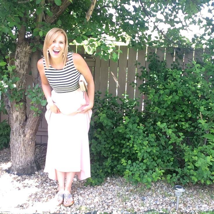 Gotta love some sparkly sandals!! #sparklesandals #summerstyle #maxidress #black #white #blush