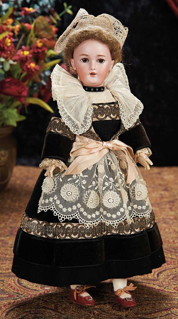 The Lifelong Collection of Berta Leon Hackney: 86 Bisque Lady for the French Market in Superb Original Costume of Brittany