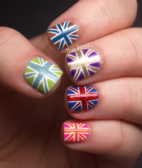Absolutely love these Union Jack Nail Art how much fun would doing this with nail polish be! rule brittania