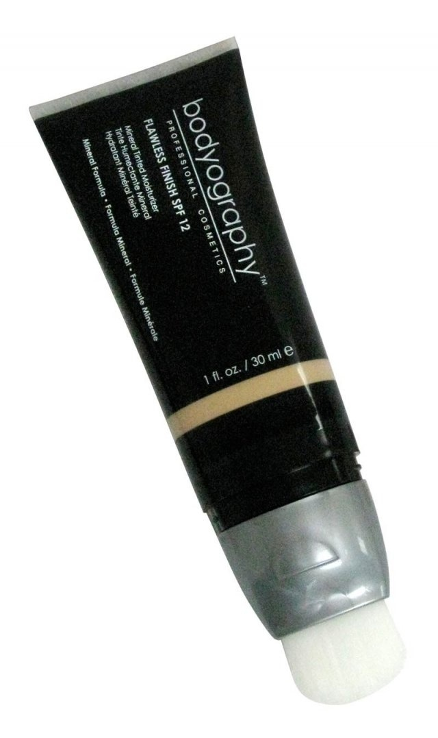 Make-up center online Bodyography Tinted Moisturizer - Flawless Finish  Pret special: 89,00RON    Comandati aici: http://www.makeupcenter.ro/bodyography-bodyography-tinted-moisturizer-flawless-finish-p-248.html
