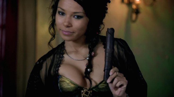 BLACK SAILS SERIE PIRATAS - Jessica Parker Kennedy http://www.seriesflv.net/ver/black-sails-1x1.html