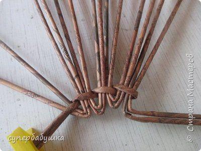 Поделка изделие Новый год Плетение Старые загибки на новый лад Трубочки бумажные фото 23
