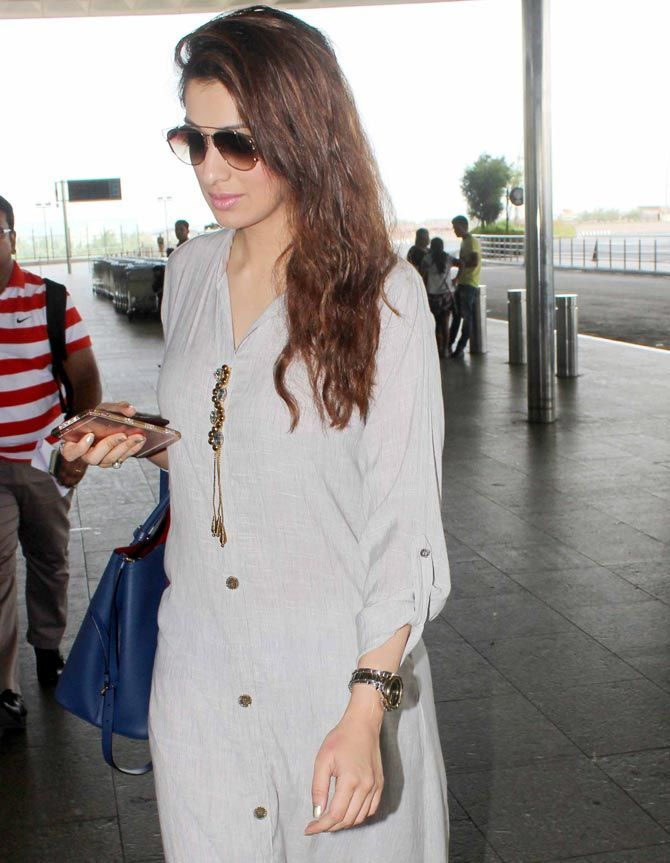 Raai Laxmi at the Mumbai airport. #Bollywood #Fashion #Style #Beauty #Hot #Sexy