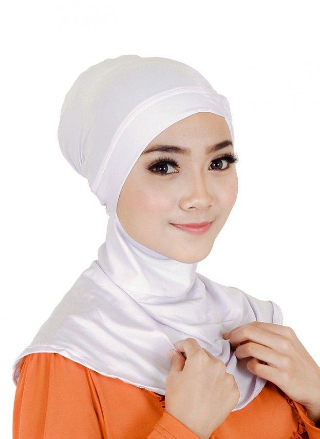 Selain didesain dengan ukuran fit yang ideal untuk berbagai bentuk wajah, Ciput Ninja Sykava juga dibuat menggunakan bahan spandex balon yang ringan dan tidak panas agar tetap nyaman saat dikenakan. Inner hijab yang mencegah rambut agar tidak keluar & membuat tampilan lebih rapi ini memiliki warna putih yang pas untuk dipadankan bersama aneka jenis & model kerudung favorit Anda.